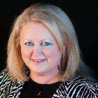 Elaine Lindsay Speaker Trainer